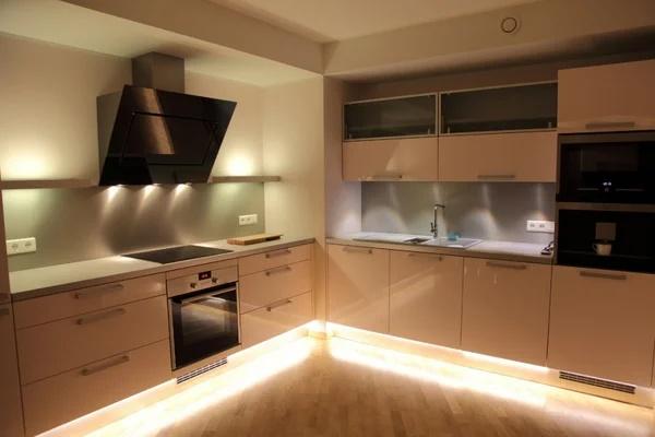 Фото цоколя кухни: ТОП вариантов оформления